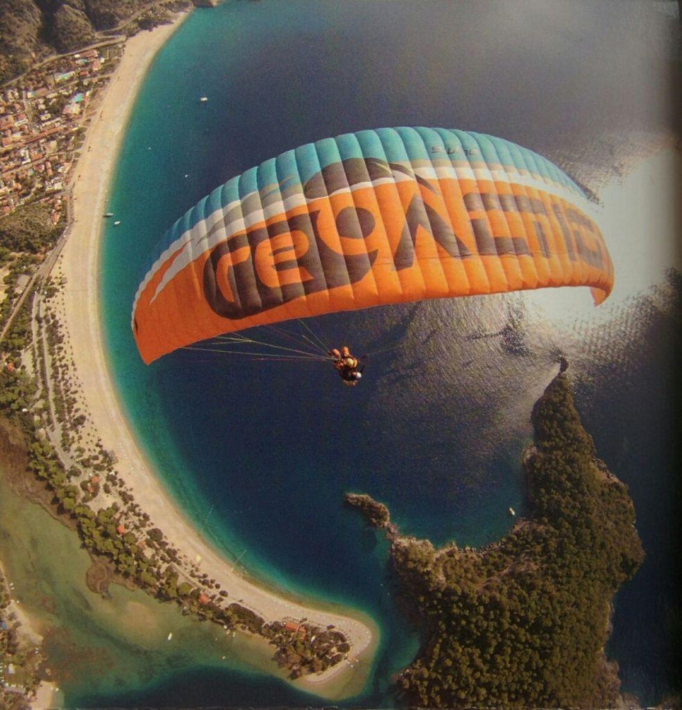 Paragliding in Olundeniz