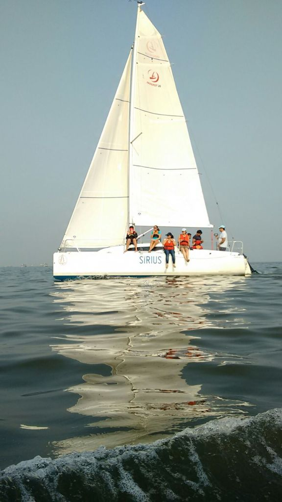 Sailing in Mumbai with Sirius Sport